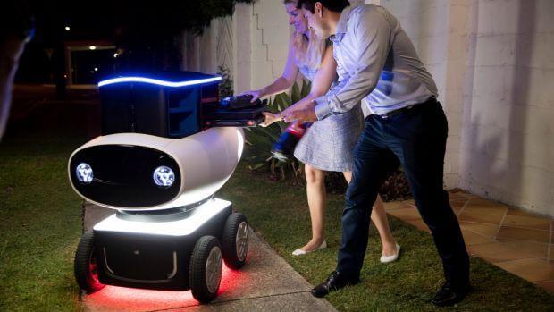 Przyszłość sklepów internetowych - dostawa droidem