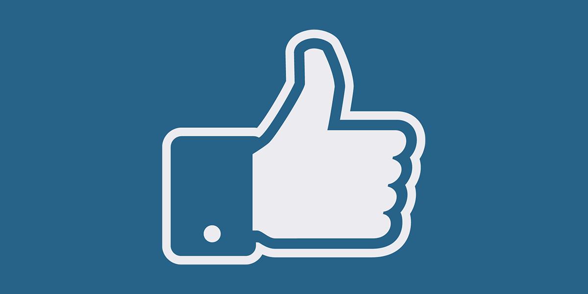 Facebook i niebieski kolor
